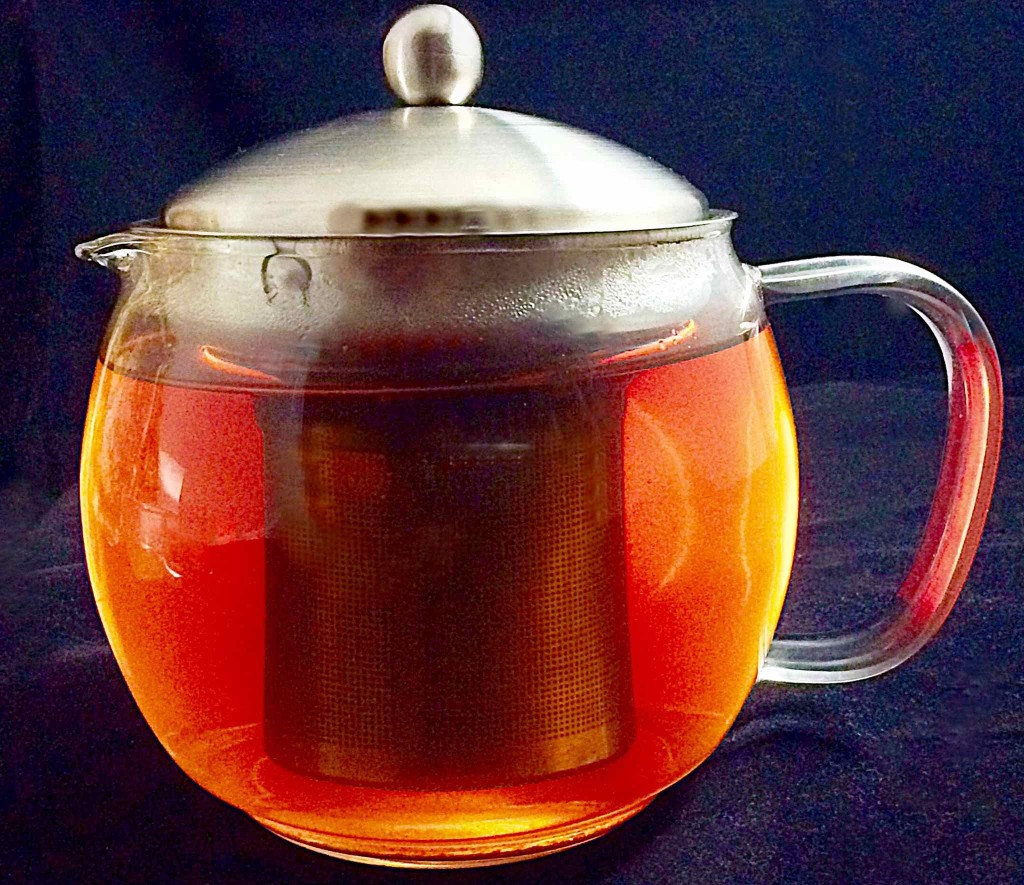 Willow & Everett Glass Teapot Infuser Warmer