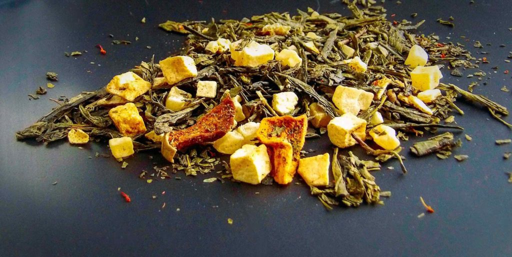 The Whistling Kettle Tea of the Month Club Golden Starfruit Flavor