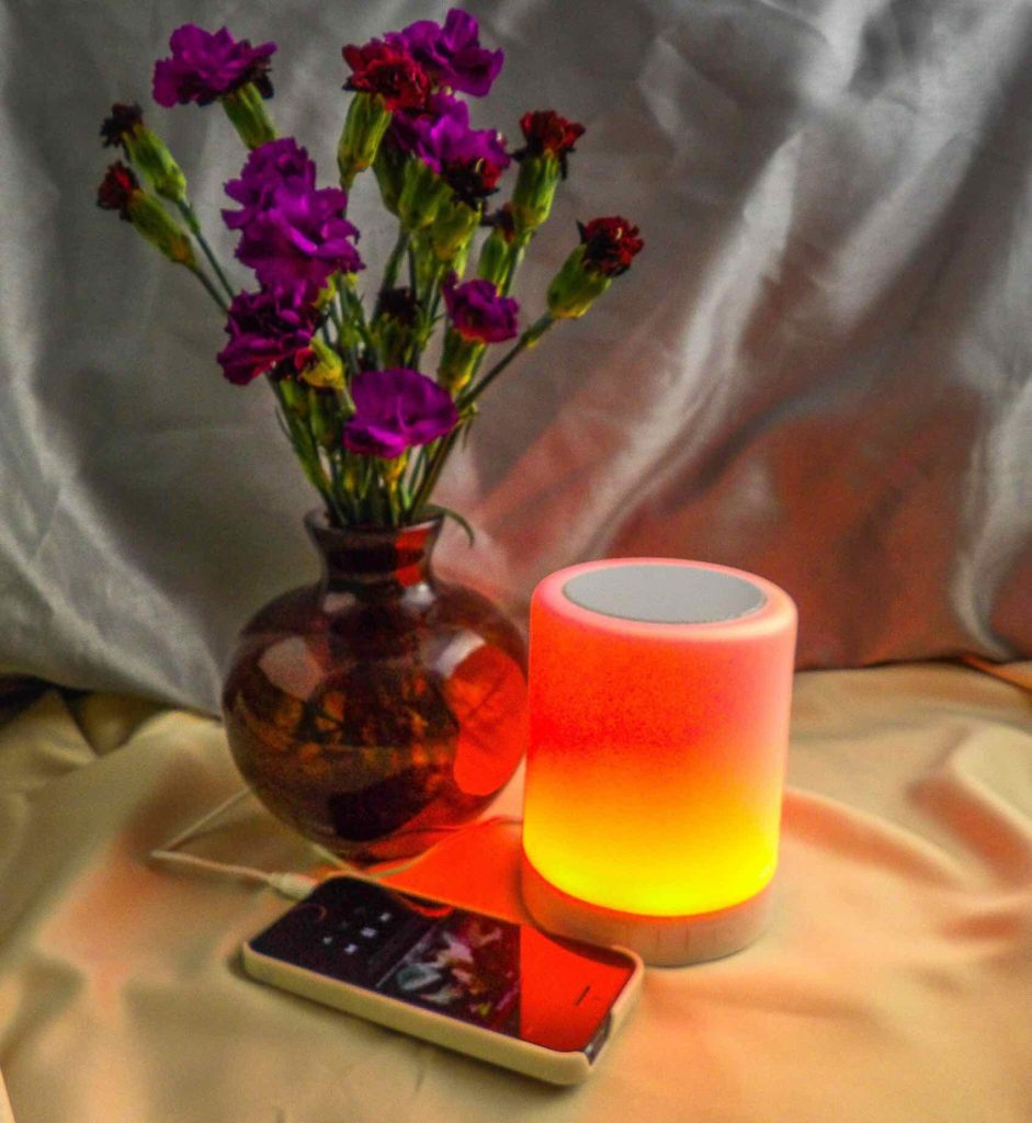 ZHOPPY 2-in-1 Night Light and Bluetooth Speaker