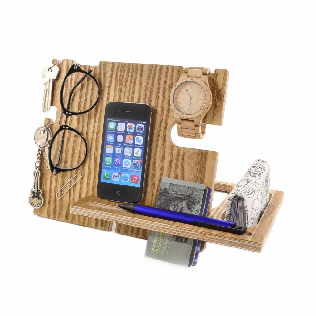 Nixie Dream Docking Station For All in Walnut