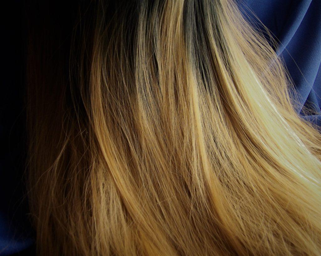 Gradual, realistic fade from brunette to dark blonde