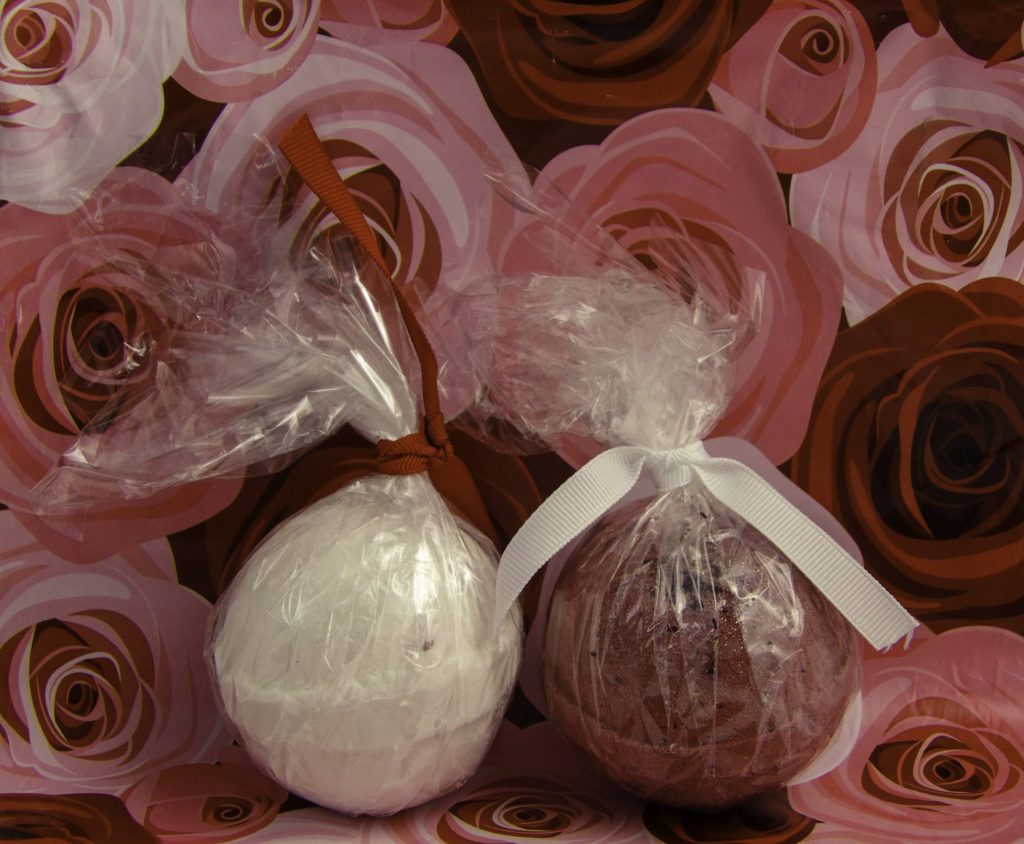 Blissique Jewelry Bath Bombs come individually wrapped