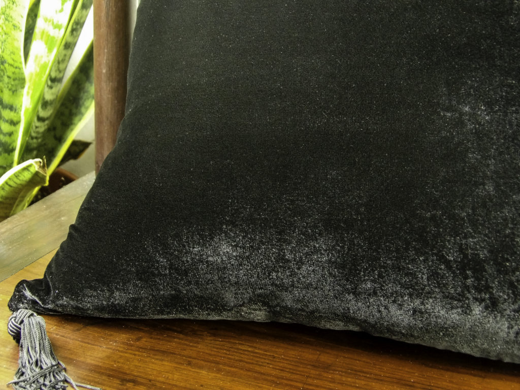 Made of velvet with silk that gives a beautiful soft sheen to the fabric and extra durability