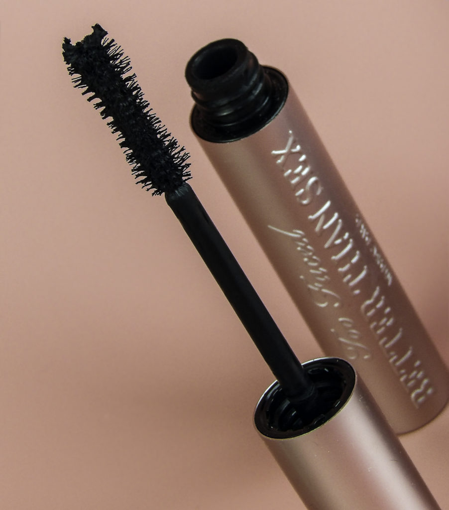 Too Faced Better Than Sex Mascara brush has an hourglass shape
