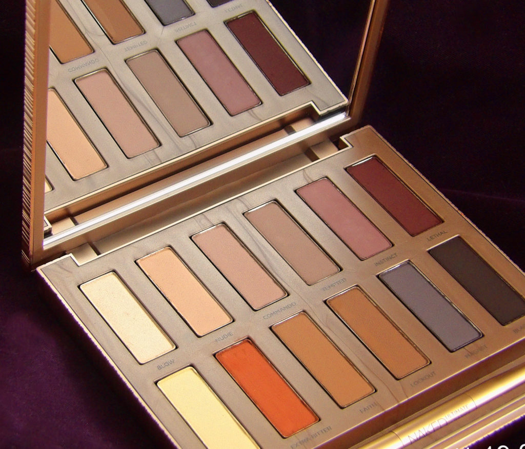 Urban Decay Naked Ultimate Basics Palette has 12 matte shades that go on SO smooth