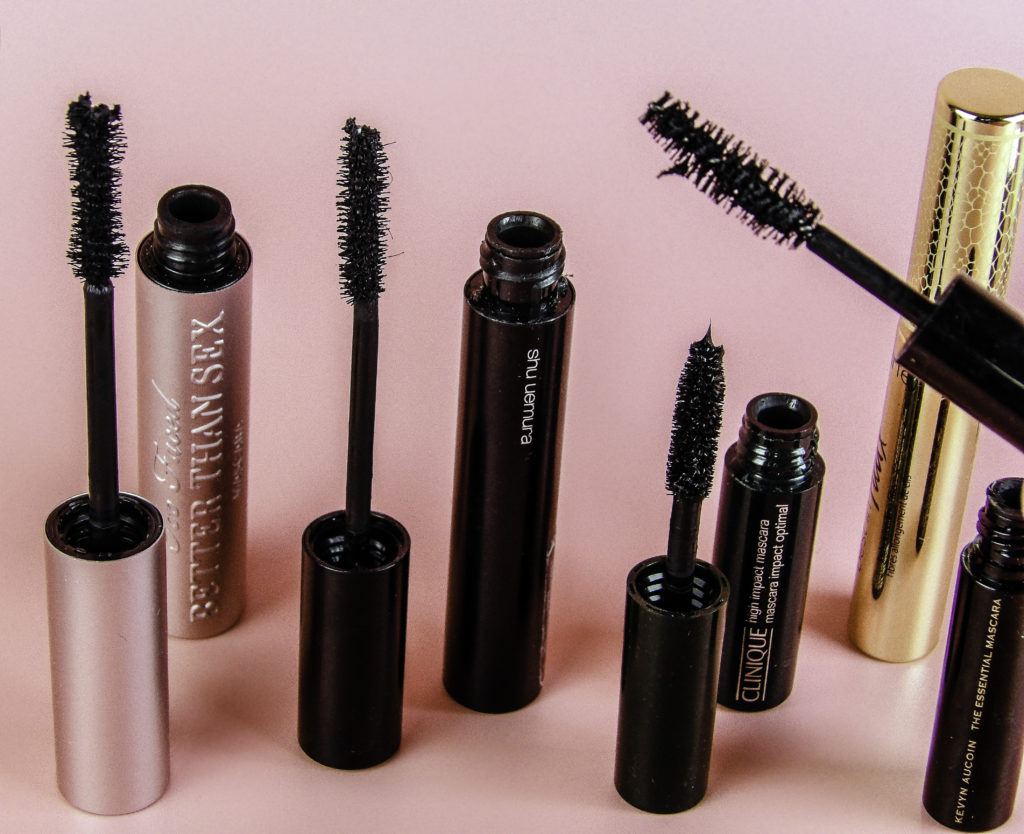 Clump Cleaner works with all my favorite mascara brands and completely removes clumps and debris
