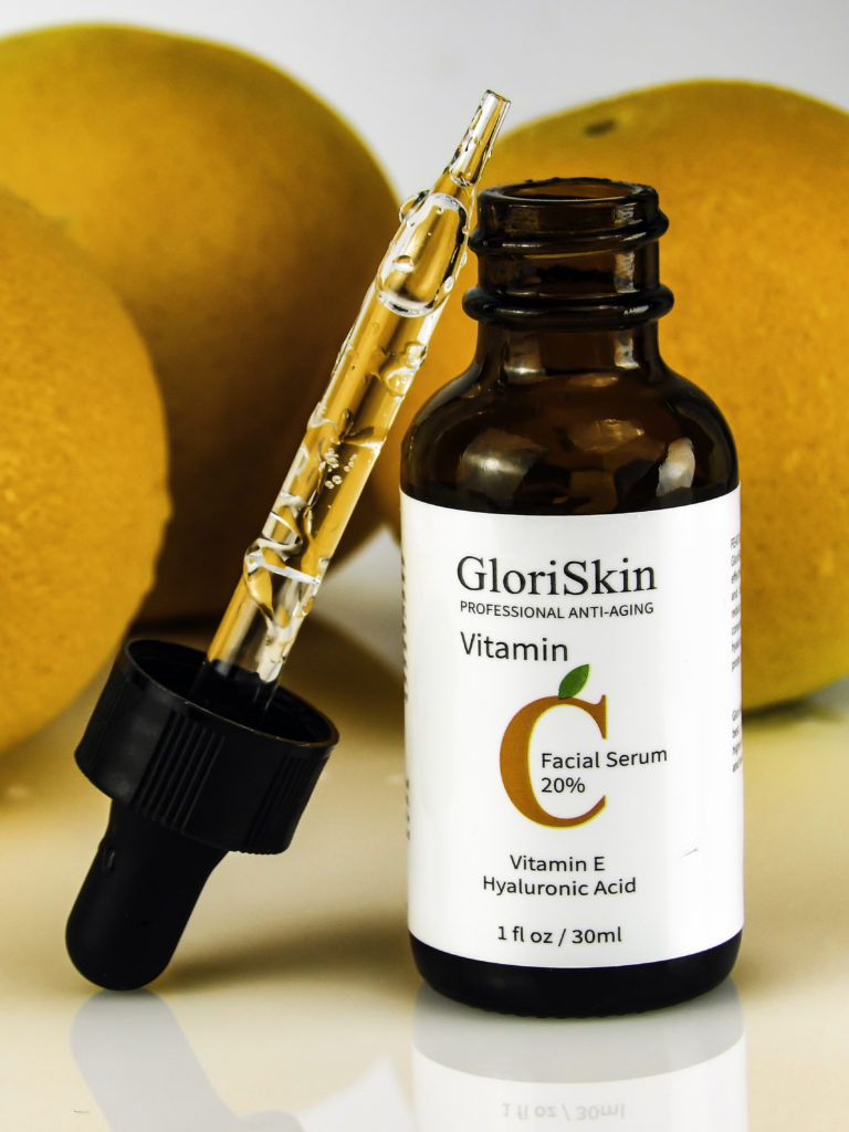 GloriSkin Organic Vitamin C Serum contains 20% VItamin C, Ferulic Acid, Hyaluronic Acid, and CItrus Stem Cells