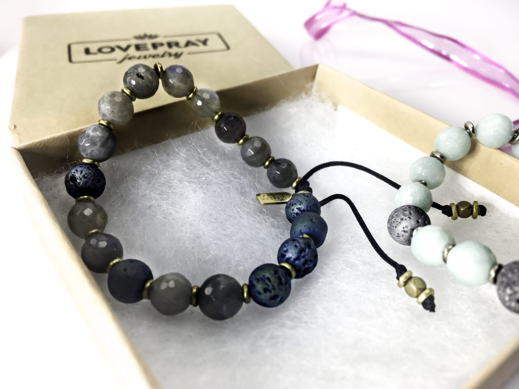 Adjustable bracelet in open LovePray gift box