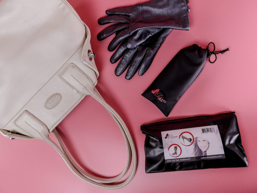 DivaCleats comes in a waterproof drawstring bag with waterproof sealable overbag for travel or to carry in your handbag