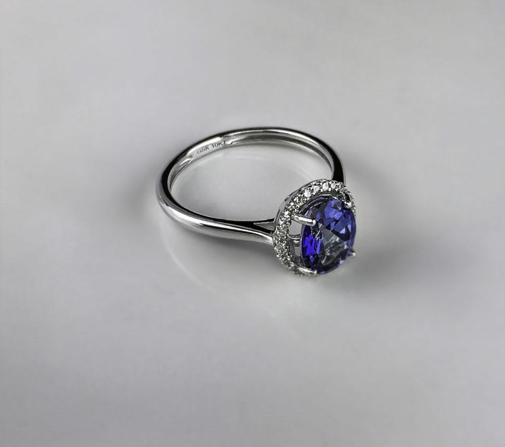 Twenty-eight natural round cut conflict-free diamonds