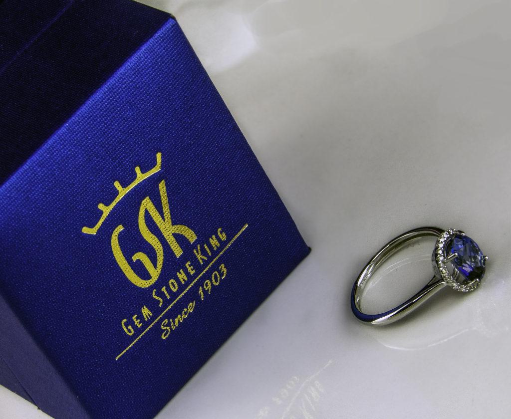 Gem Stone King Ring box