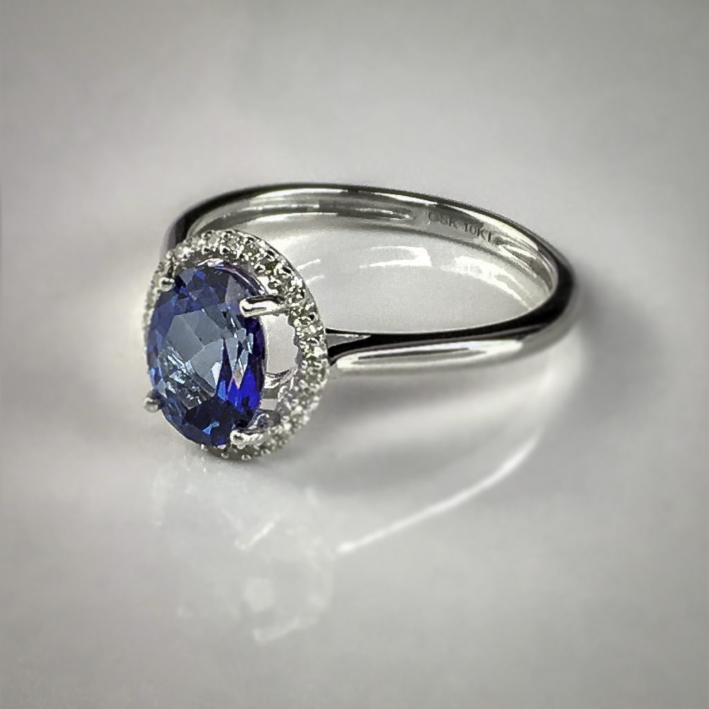 Oval stones allow for an elongated round cut for maximum sparkle