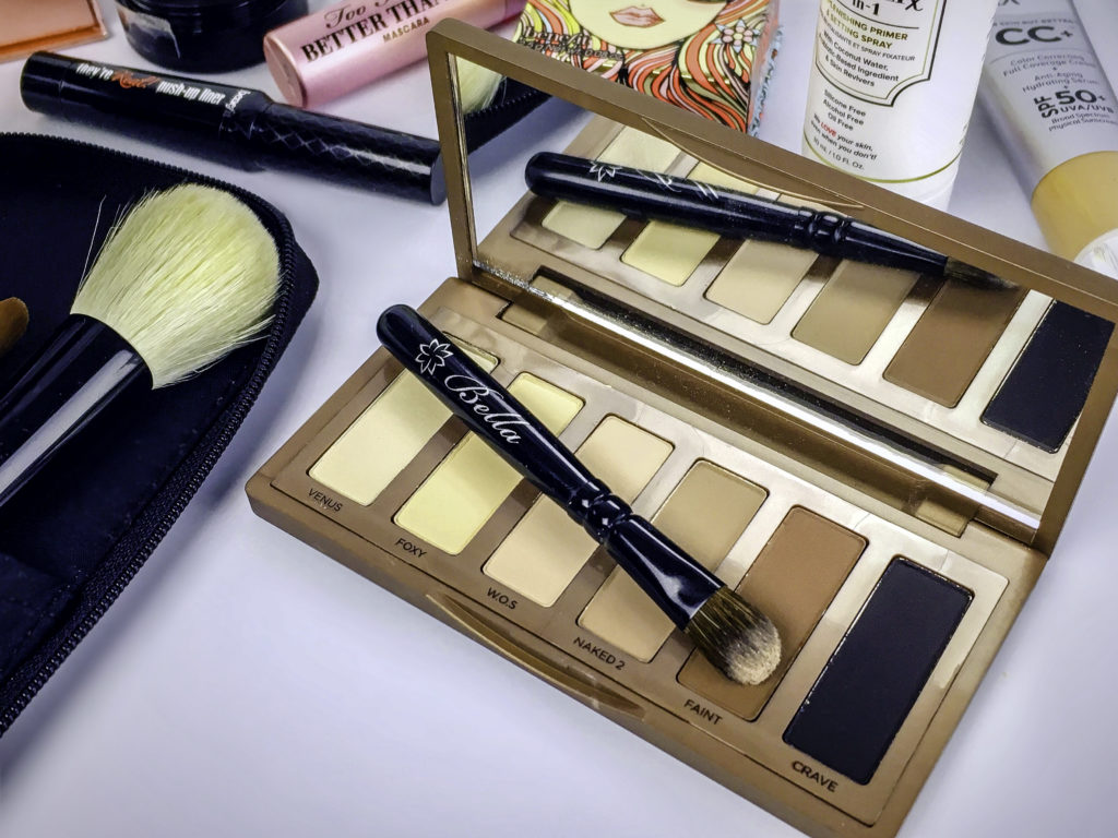 The ideal size for purse size mini palettes or palettes that do not come with a worthy shadow brush
