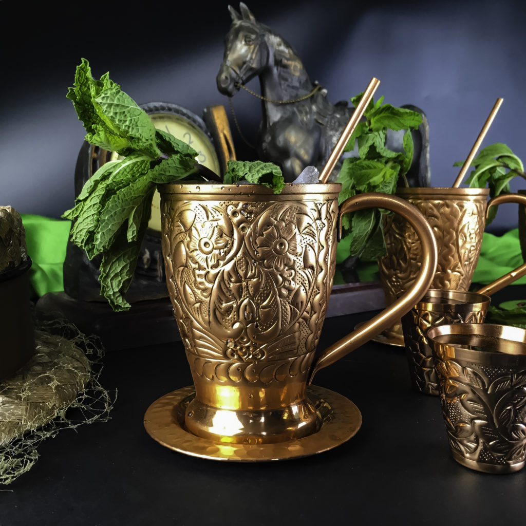 Complimentary Pure Copper Straws come with this set of Kamojo Moscow Mules
