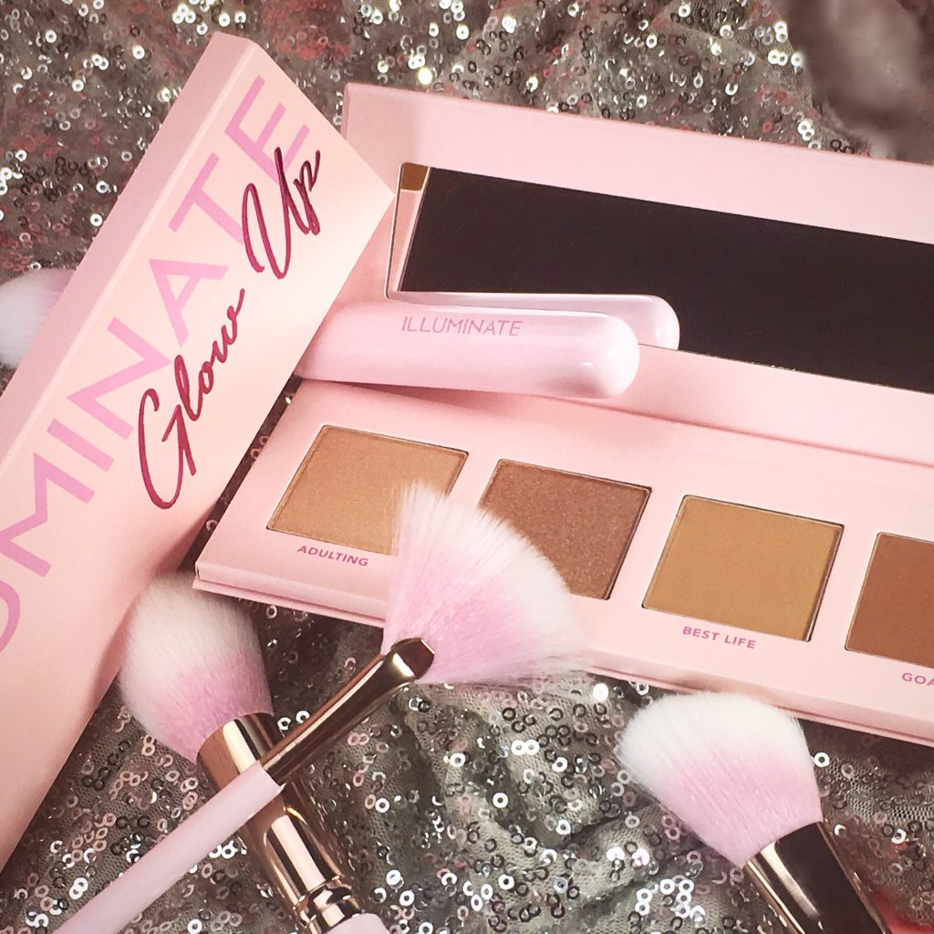Pretty In Pink Brushes paired with the Glow Up highlight and contour palettes.