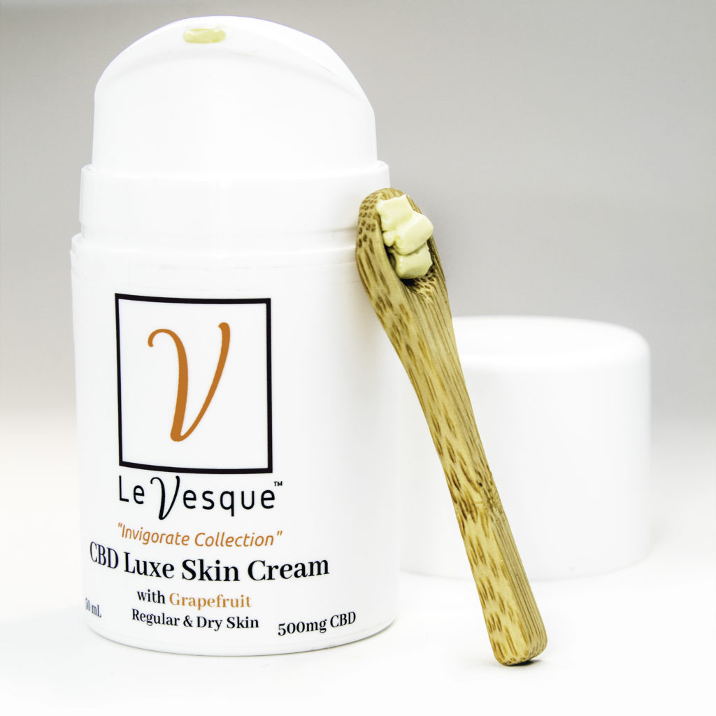 Luxe, rich texture with smooth dry down